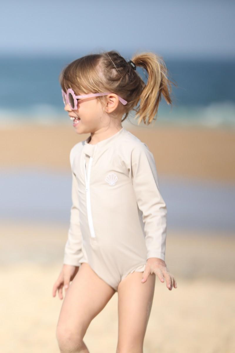 swimsuit girl